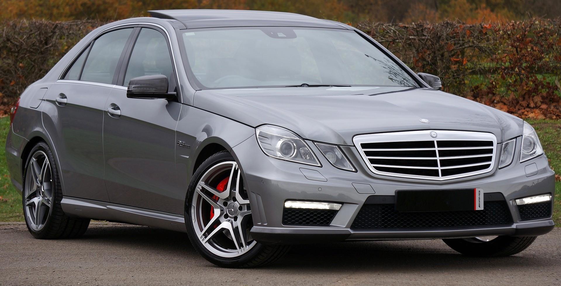 Silver Mercedes in Phoenix, Arizona | Kids Car Donations