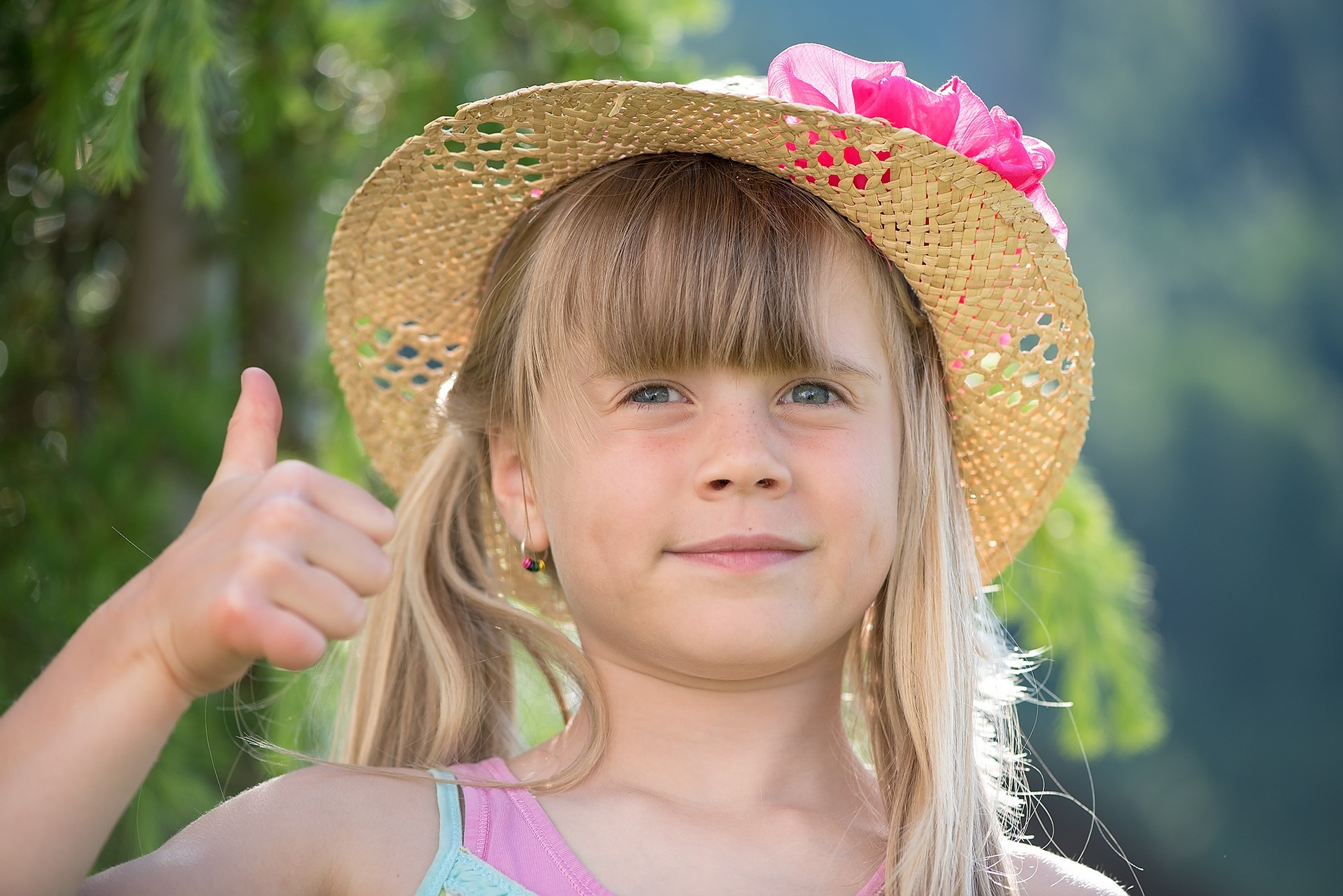 Little Girl Thumbs Up | Kids Car Donations