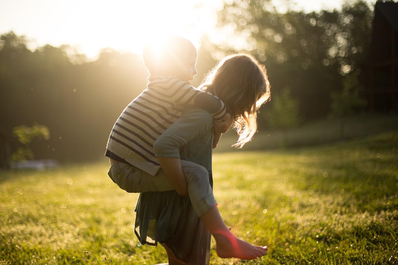 Little Siblings Piggyback | Kids Car Donations
