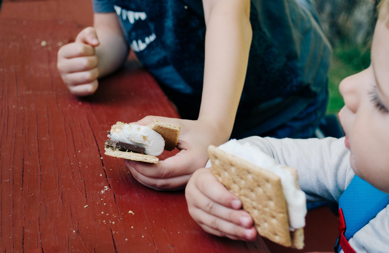Kids Eating Icecream Sandwich | Kids Car Donations