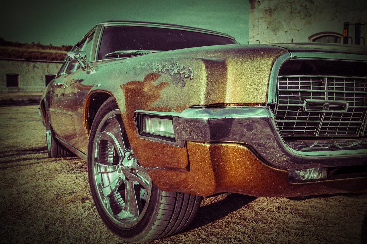 Oldtimer Ford Thunderbird | Kids Car Donations