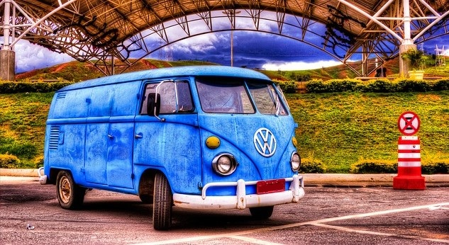 Blue Oldtimer Volkswagen Van | Kids Car Donations