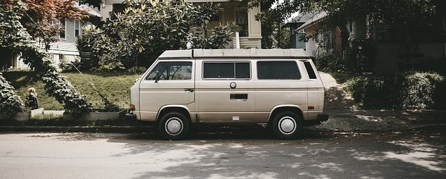 Old White Van in Mesa, Arizona   Kids Car Donations