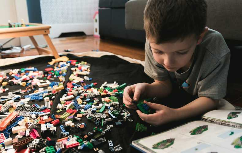 Kid Playing Lego Puzzles | Kids Car Donations