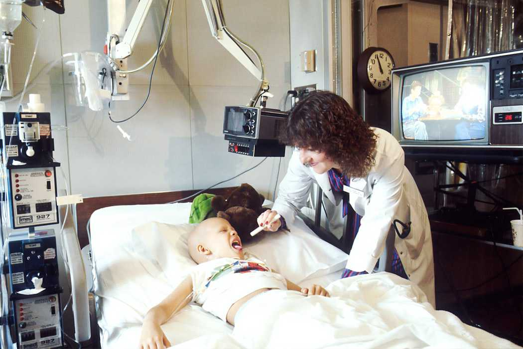 Pediatric Oncologist Examines a Kid Patient | Kids Car Donations