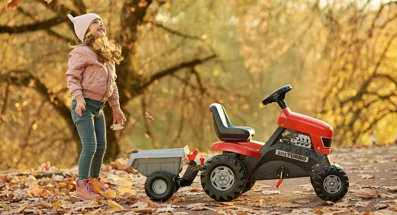 Kid Enjoys Fall Season | Kids Car Donations